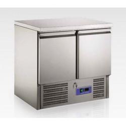 Desserte réfrigérée centrale 2 ou 3 portes +2°+8°C